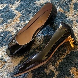 Chanel shoes open toe gold CC heel 40.5 fits 9.5